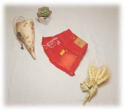 Юбка джинсовая цвет красный