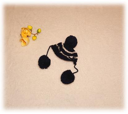 Шапка «Пумпоны» цвет чёрный