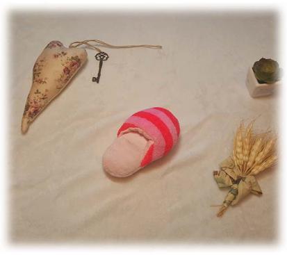 Игрушка «Тапок» цвет розовый